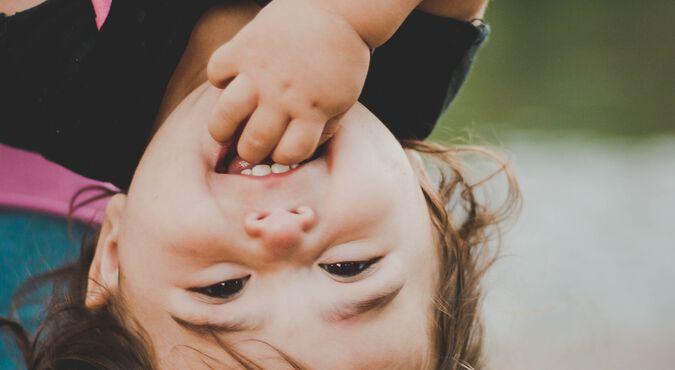 Descubre lo que le pasa a tu bebé de los 6 a los 12 meses